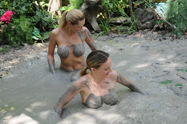 hot indian naked mud pics